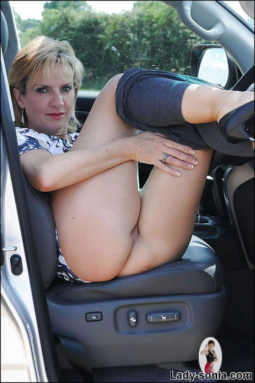 Filthy mature lady on high heels uncovering her tempting curves outdoor - part 2